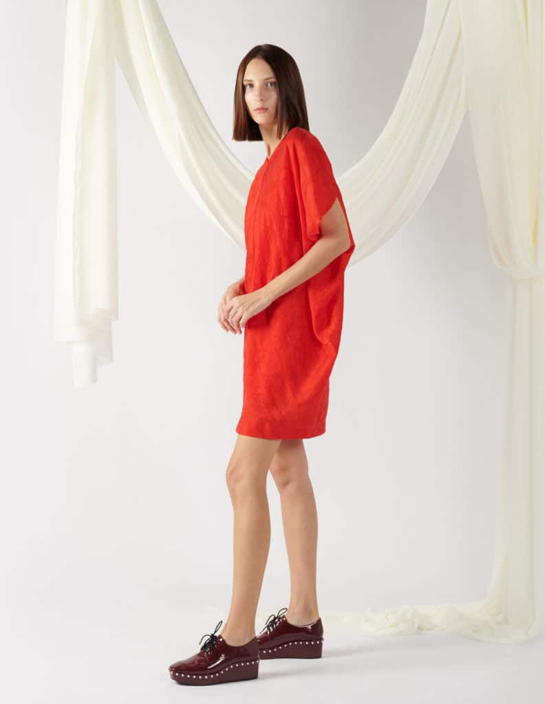 v-neck textured dress in red